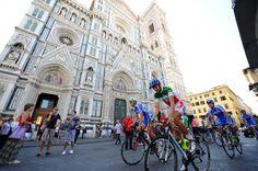 Sopralluogo sulle strade del Mondiale per la nazionale italiana di ciclismo: la nazionale italiana in #piazzaduomo a #firenze!