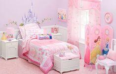 O sonho de quase toda menina é ter um quarto igual aos contos de fadas. Quer montar um quarto de princesa para sua filha? Separamos algumas dicas que vão te ajudar nessa empreitada. Veja também Decoração para quarto: o que está na moda Decoração de quarto de casal Como decorar quarto pequeno