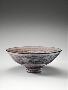 Knitted bowl, Lucie Rie, 1978 | Museum Boijmans Van Beuningen