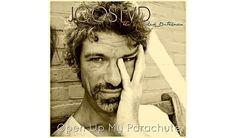 """Man solle seine neuen Songs in der Dusche singen, meint der Niederländer Joost van Dinther. Ob man dabei einen Fallschirm dabei habe, sei nebensächlich. Was damit gemeint ist: Es bit von Joos TVD mit """"Open Up My Parachute"""" das neue..."""