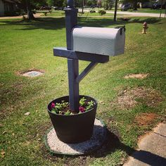 Mailbox Landscaping Ideas | ... keep more moisture for the plants. My mailbox is now one of a kind