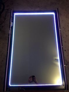 How to make an infinity LED mirror – DIY projects for everyone!