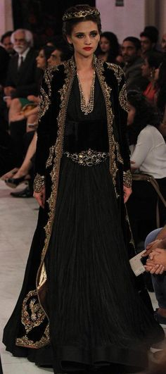 Rohit Bal at India Couture Week 2016