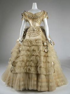 Ball gown Emile Pingat (French, active Date: ca. 1860 Culture: French Medium: silk Dimensions: [no dimensions available] Credit Line: Gift of Mary Pierrepont Beckwith, 1969 Accession Number: b Metropolitan Museum of Art, New York 1800s Fashion, 19th Century Fashion, Victorian Fashion, Vintage Fashion, Gothic Fashion, Vintage Outfits, Robes Vintage, Vintage Dresses, Retro Mode