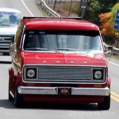 70's late Ford custom show van