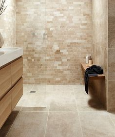 Beige and white bathroom beige and white bathroom decorating ideas beige bathroom ideas beautiful ideas beige Cream Bathroom, Beige Bathroom, Small Bathroom, Bathroom Ideas, Travertine Bathroom, Bathroom Flooring, Bathroom Wall Tiles, Marble Bathrooms, Bad Inspiration