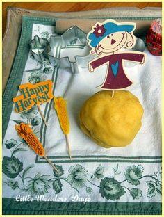 Little Wonders' Days: How to Make Cornmeal Play Dough, Corn Theme Week