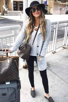 Airplane Outfits 33 airplane outfits ideas how to travel in style Airplane Outfits. Here is Airplane Outfits for you. Airplane Outfits 33 airplane outfits ideas how to travel in style airplane. Casual Travel Outfit, Travel Outfit Spring, Cute Travel Outfits, Fashion Casual, Travel Clothes Women, Travel Attire, Tween Fashion, Summer Travel, Style Fashion