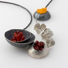 Craft Australia: Catrina Vignando opens the National Contemporary Jewellery Award