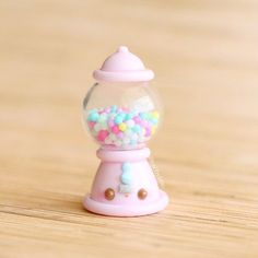 No automatic alt text available. Fimo Kawaii, Polymer Clay Kawaii, Polymer Clay Charms, Polymer Clay Miniatures, Polymer Clay Creations, Crea Fimo, Mini Craft, Cute Desserts, Cute Clay
