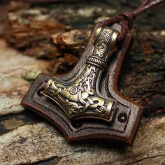 Bronze Thor's Hammer Mjolnir Vikings Amulet Nordic 3D Pendant Leather Talisman Necklace