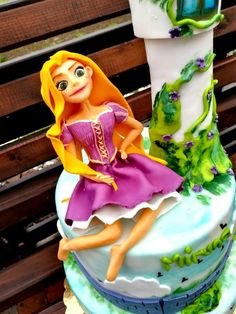 Rapunzel - cake by Suciu Anca