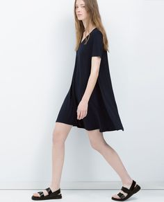 Image 4 of OVERSIZE DRESS from Zara