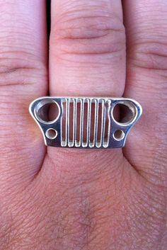 AWESOME Jeep ring! If you see me wear this ring and you do not understand, we can NOT date!