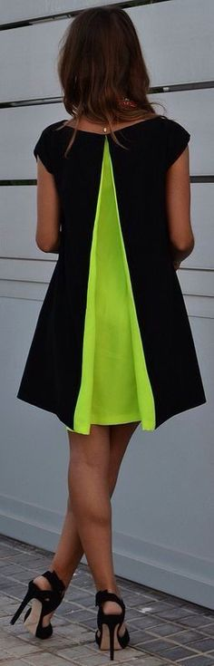 Renata Giglio Black Neon Green Pleat Back Little Dress ~ Summer Into Fall Outfits ~ 60 New Styles - Style Estate - How unexpected! Little Dresses, Cute Dresses, Beautiful Dresses, Neon Dresses, Beautiful Clothes, Estilo Fashion, Look Fashion, Womens Fashion, Street Fashion