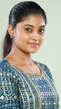 South Indian Actress Hot, Indian Bollywood Actress, Beautiful Bollywood Actress, Beautiful Actresses, South Actress, Tamil Actress, Indian Actresses, Beauty Full Girl, Cute Beauty