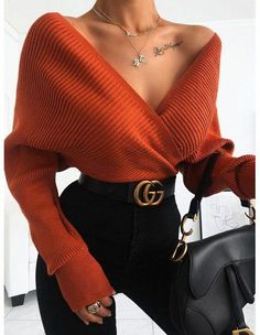 Pull femme : pulls col roulé, cache coeur et pull dentelle – Brentiny Paris Women's sweater: turtleneck sweaters, wrap-around sweater and lace sweater – Brentiny Paris WOMEN'S NEW ARRIVALS – Brentiny Paris Cute Casual Outfits, Girly Outfits, Mode Outfits, Urban Outfits, Stylish Outfits, Sporty Outfits, Stylish Clothes, Classy School Outfits, Orange Outfits