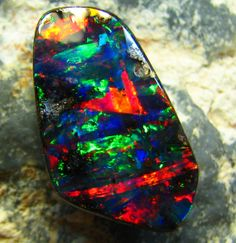 GEM QUALITY OPAL !! -NOT FOR SALE VIEWING PLEASURE 5.80 CT