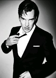 Edit of Benedict Cumberbatch from the 2014 GQ Men of the Year awards magazine supplement - Holy… yum! Johnlock, Martin Freeman, Sherlock Holmes, Sherlock Series, Sherlock Fandom, Watson Sherlock, Jim Moriarty, Sherlock Quotes, Sherlock John