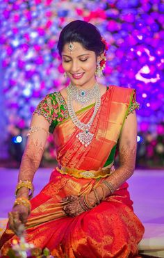 Wedding garden dress receptions 60 Ideas for 2019 Half Saree Designs, Bridal Blouse Designs, Saree Blouse Designs, Indian Bridal Fashion, Indian Bridal Wear, Indian Wear, Bridal Silk Saree, Saree Wedding, Wedding Bride