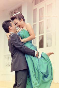 #Romantic :D .  Phone  WhatsApp: 0857 0111 1819 . PIN BB: 2 5 B 3 E 6 8 7 . YM  email: foto.ceria@yahoo.com . Facebook: Foto Ceria . LINE  Instagram: fotoceria  Website: www.fotoceria.com . Twitter: @fotoceria .  . #prewedding #couple #wedding #pernikahan #perkawinan #menikah #pengantin #foto #fotografer #weddingphotographer #Yogyakarta #Jogja #love #happy #smile #ceria #lompat #engagement #fotoceria #CeriaLovers #SharePict