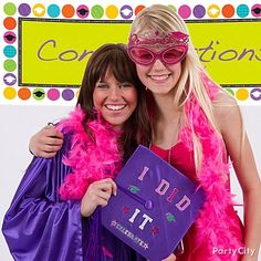 Graduation party photo booth ideas