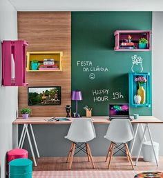 I am in the process of trying to decide what to do with my home office. As I look for ideas, I'm sharing some beautiful home office inspiration. Study Nook, Study Space, Study Room For Kids, Kids Study Areas, Dsw Eames, Kids Workspace, Kids Desk Space, Workspace Design, Sweet Home