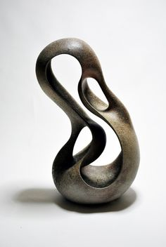 Vase of Curvature ceramic by Toru Kurokawa Sculptures Céramiques, Hand Sculpture, Pottery Sculpture, Modern Sculpture, Abstract Sculpture, Bronze Sculpture, Pottery Art, 3d Art Projects, Organic Sculpture