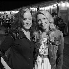 Bonnie Raitt and Susan Tedeschi Music Love, Pop Music, Susan Tedeschi, Tedeschi Trucks Band, Bonnie Raitt, Jackson Browne, Bass, Women In Music, Music Composers