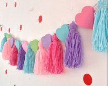 Heart Bunting Tassle Garland Tassle by Daisymooo Glitter Force, Glitter Dress, Glitter Slime, Black Glitter, Yarn Crafts, Diy And Crafts, Crafts For Kids, Arts And Crafts, Pom Poms