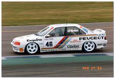 Eugene O'Brien Peugeot 405 Mi16 BTCC. 1993 British Touring Car Championship Silverstone.