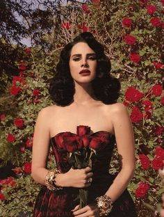 Lana and roses♥️