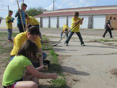The Youth Leadership Council, under supervision of BVCA AmeriCorps members, started planting a community garden in Fairbury, NE.