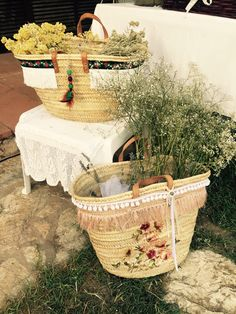 Straw basket.Ninabravadesign Cristina's wedding