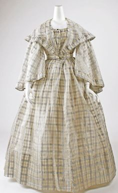 ca. 1860. This is so similar to the dress I just received from Kay Gnagey!