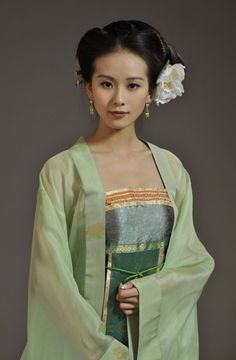Ideas Travel Clothes China Traditional Dresses For 2019 Hanfu, Cheongsam, Traditional Fashion, Traditional Dresses, Traditional Chinese, Asian Style, Chinese Style, Geisha, China Girl