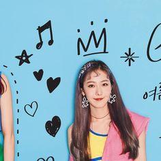 #여자친구 #GFRIEND #Summer_Mini_Album #Sunny_Summer #여름여름해☀️ 2018. 07. 19. 6PM South Korean Girls, Korean Girl Groups, Sinb Gfriend, G Friend, Kpop, Album, Mini, Summer, Korea