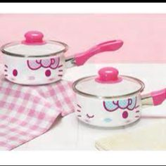 Just a set of Hello Kitty pots. They make EVERYTHING HK :$:)