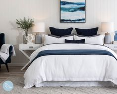 Our stunning Sorrento Quilt Cover Set is a style staple. Its gorgeous waffle texture makes it the perfect base for your favourite cushion and throw! Pair it with some Navy elements and you'll have the perfect Hamptons style bed. Hamptons Style Bedrooms, Hamptons Style Decor, Ikea, Home Bedroom, Bedroom Decor, Bedroom Cushions, Bed Linens, Sorrento, Toscana