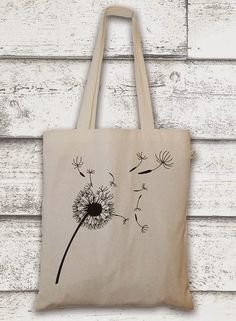 cactus with flowers Jutebeutel mit Pusteblume // bag with a flower by GreenVision via Painted Bags, Diy Accessoires, Diy Tote Bag, Embroidery Bags, Jute Bags, Fabric Bags, Cloth Bags, Handmade Bags, Cotton Tote Bags