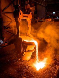 Metade da produção industrial é direcionada para o pagamento de tributos