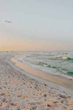 beach travel aesthetic Kendra Alexandra on IG 2020 2020 2020 hd Strand Wallpaper, Ocean Wallpaper, Summer Wallpaper, Wallpaper Desktop, Holiday Wallpaper, Nature Aesthetic, Beach Aesthetic, Travel Aesthetic, Summer Aesthetic