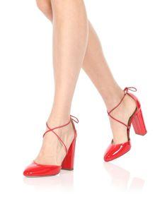 Aquazzura-Round-toe-Karlie-105-Lipstick-Patent-Dressed.jpg