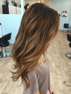 22 dark and warm brown hair with blonde caramel highlights - Styleoholic