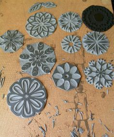fabric stamping lesliekeating: handprinted friday:: interview with Jesse Breytenbach Clay Stamps, Stamp Printing, Screen Printing, Block Printing On Fabric, Block Printing Designs, Stamp Carving, Handmade Stamps, Fabric Stamping, Linoprint