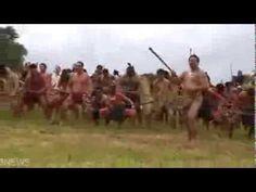 NZ native Maori war dance - The 'Haka' Awesome Songs, Best Songs, Maori Tribe, Polynesian People, South Pacific, Historian, Martial Arts, New Zealand, Warriors
