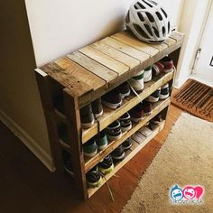 DIY Pallet Projects: Everything you need to know Painted Furniture Ideas Pallet Furniture DIY Furniture ideas painted Pallet Projects Diy Garden Furniture, Diy Pallet Furniture, Furniture Projects, Cool Furniture, Painted Furniture, Furniture Design, Diy Projects, Western Furniture, Bedroom Furniture