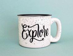 Pre-ORDER Explore Mug 15 oz Lagerfeuer von WildandFreeDesigns