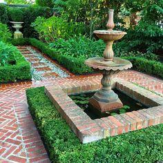 Front Yard Garden Design 5 essentials needed to create a formal garden Formal Garden Design, Small Garden Design, Small Formal Garden Ideas, Garden Modern, Modern Backyard, Formal Gardens, Outdoor Gardens, Courtyard Gardens, Brick Courtyard