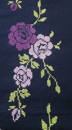 Cross Stitch, Dish Towels, Flower, Punto De Cruz, Dots, Needlepoint, Manualidades, Seed Stitch, Cross Stitches